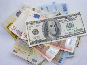 perbadaan forex dan money changer