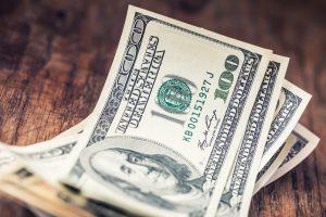 dolar melemah