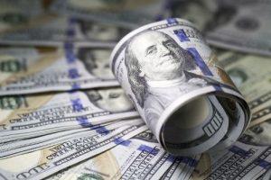 dolar melemah hari ini