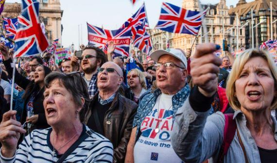Tekanan Ekonomi Inggris